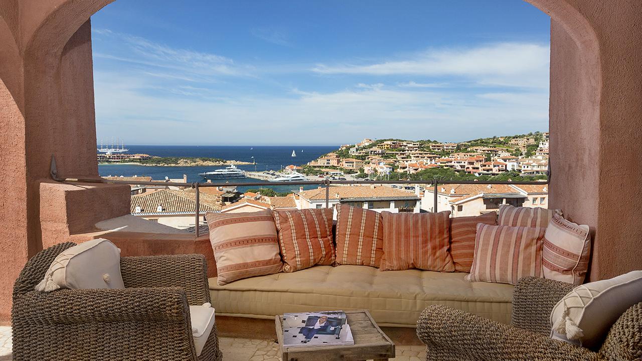 Attic for rent in Porto Cervo