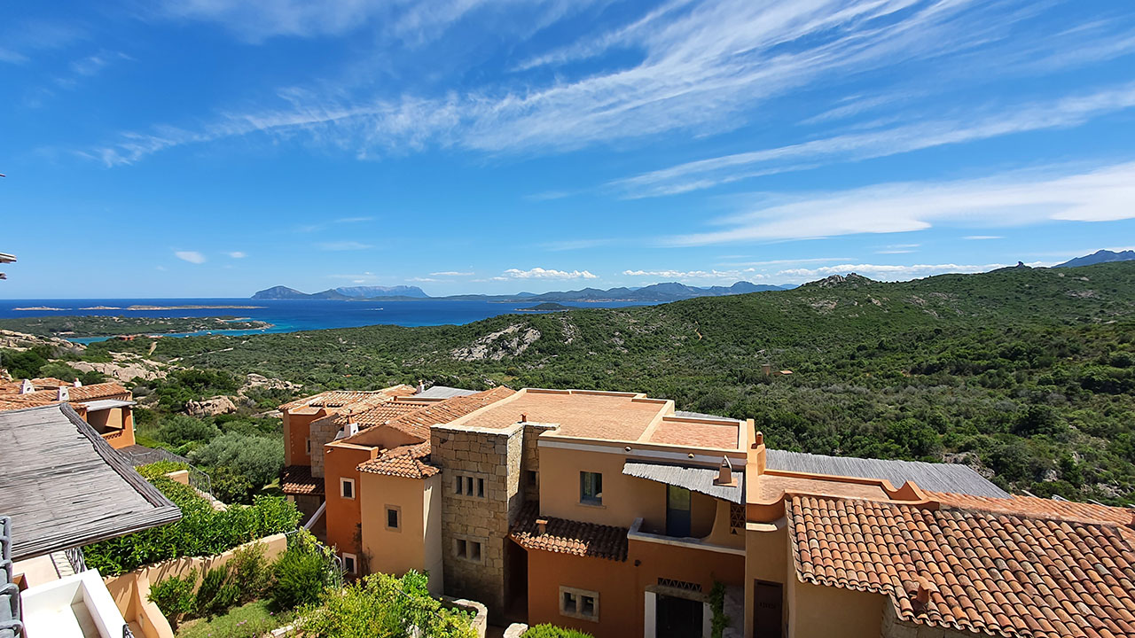 Terraced house for sale view on Cala di Volpe
