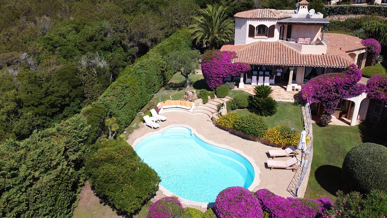 Sea view villa for rent