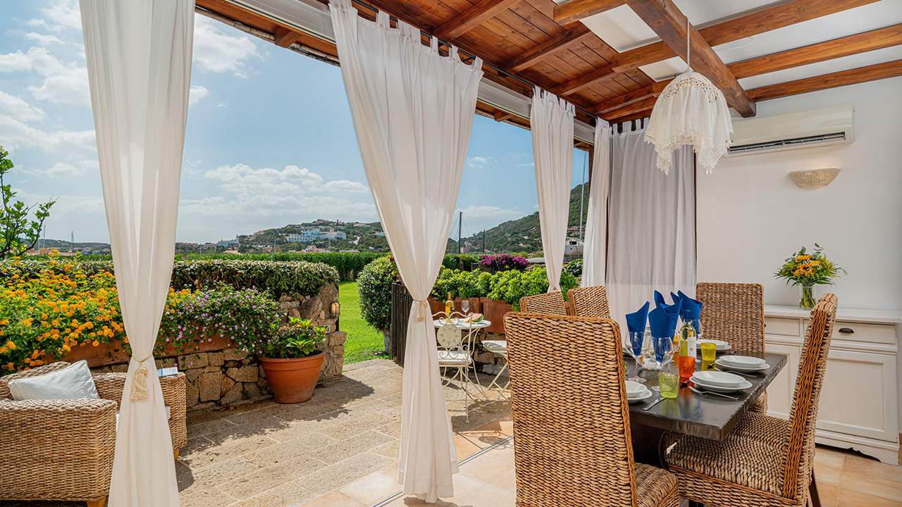 Three bedrooms flat for rent in Porto Cervo
